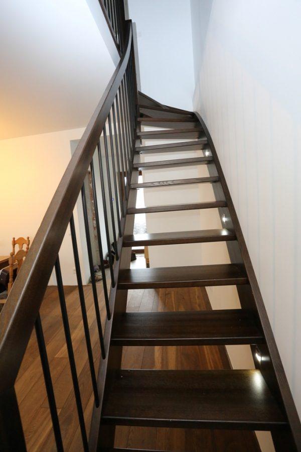 Modernās kāpnes Legartis